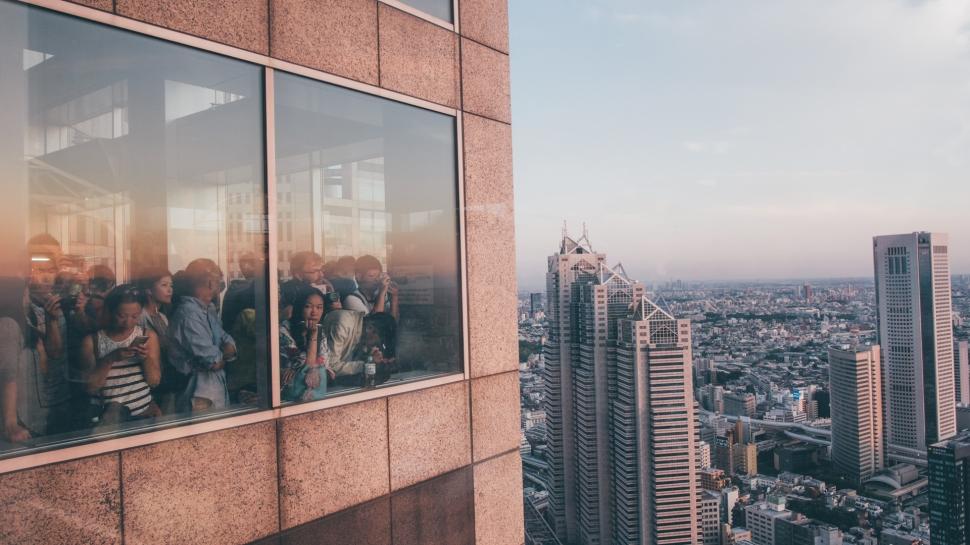 toquio-japao-rooftop-pessoas