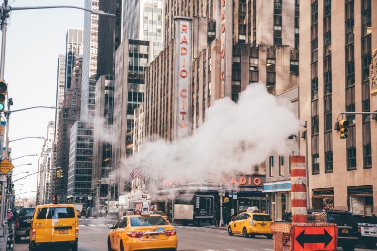 newyork-radiocitymusichall