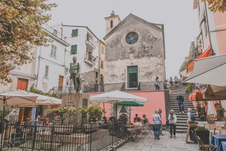 cinqueterre-corniglia-piazza