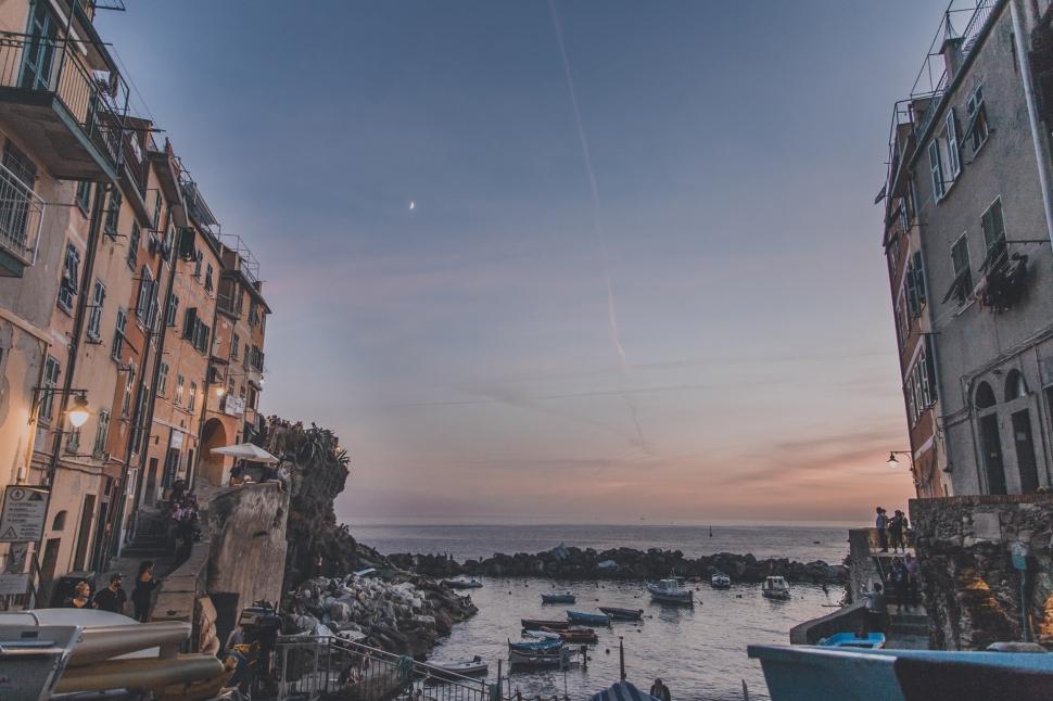 cinqueterre-riomaggiore-sunset