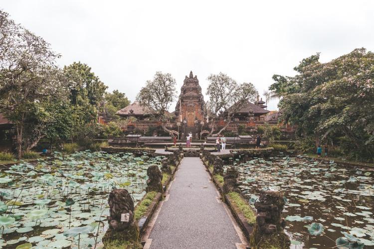 saraswati-temple_ubud_bali