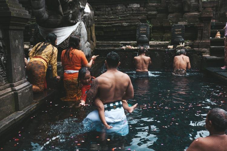 tirta-empul-temple_balinese_ubud_bali